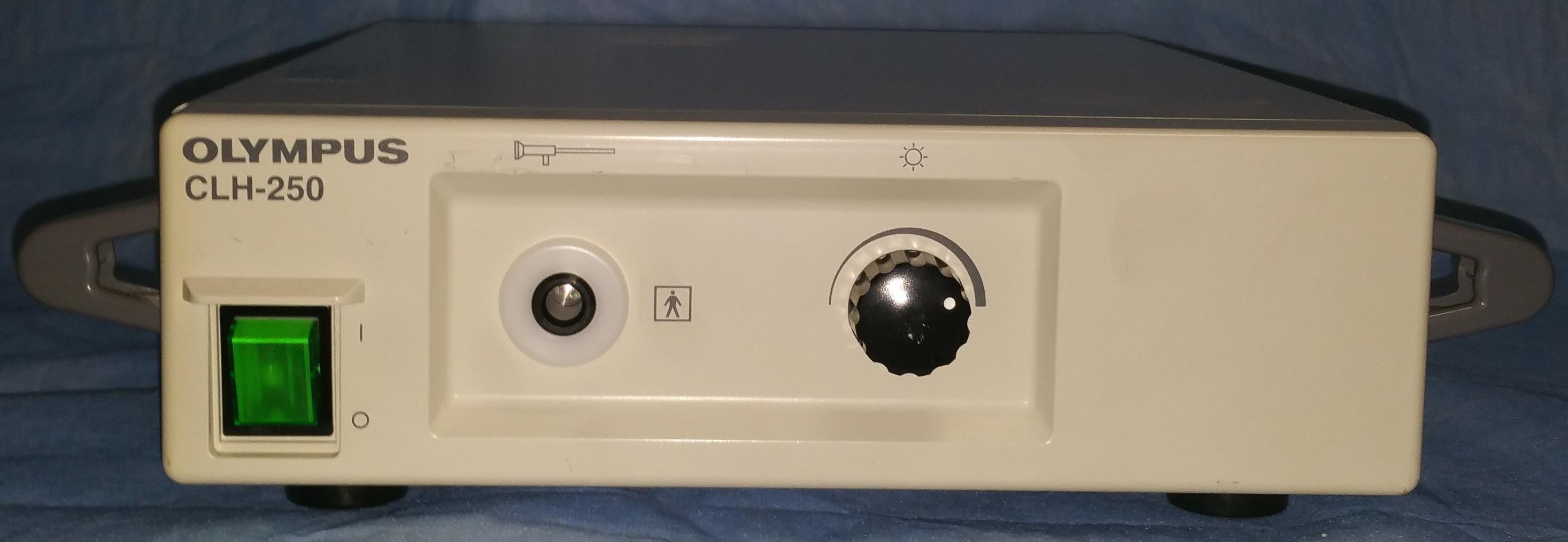 OLYMPUS Lichtquelle CLH 250